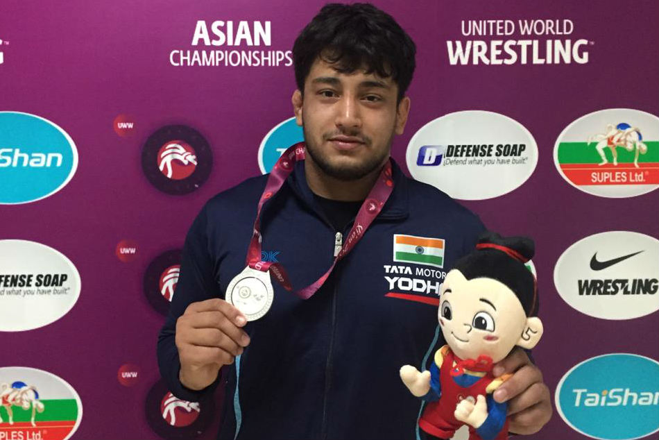 Amit Dhankar Viky Win Silver As India Grab Five Medals On Day 2 Of Asian Wrestling Championships
