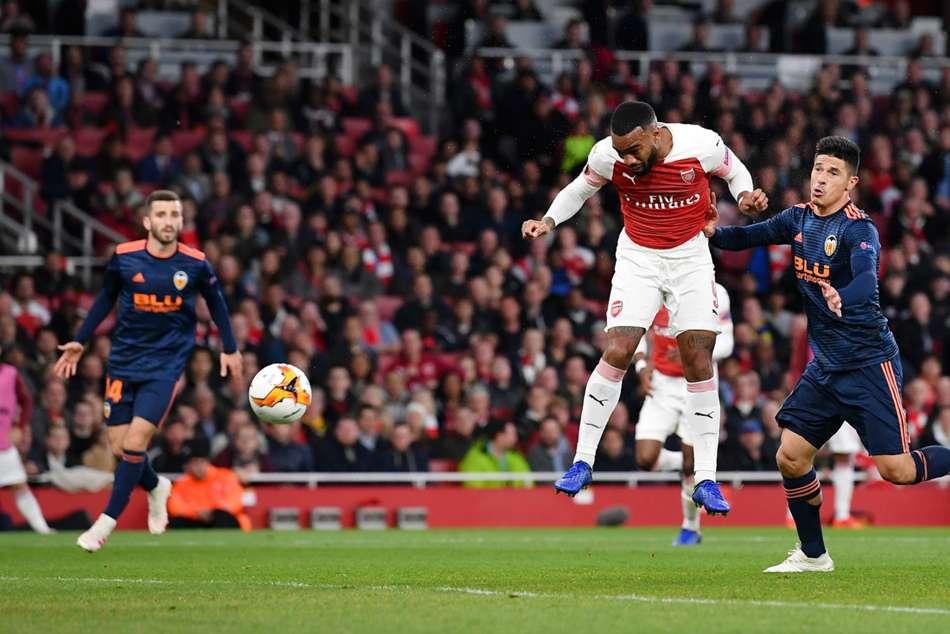 Arsenal 3 Valencia 1 Alexandre Lacazette Brace Europa League Semi Final Match Report