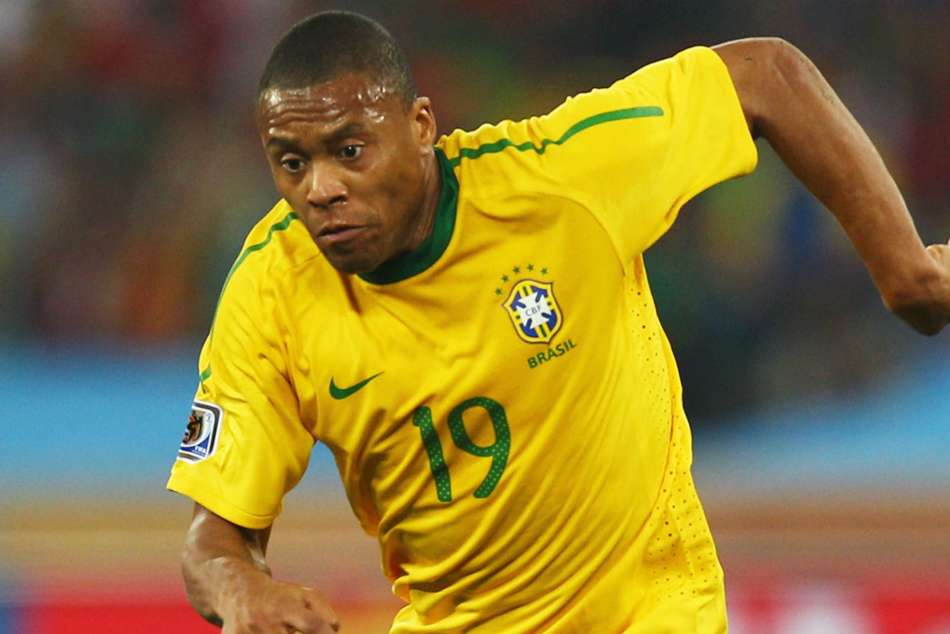 Julio Baptista Announces Retirement Brazil Arsenal Real Madrid Sevilla