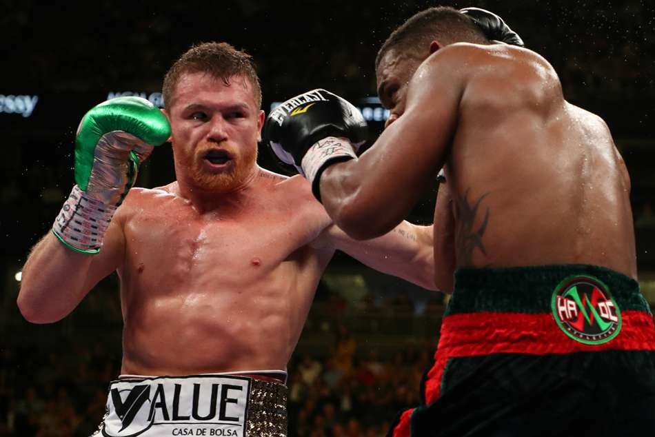 Saul Canelo Alvarez Unifies Wba Wbc Ibf Titles Jacobs