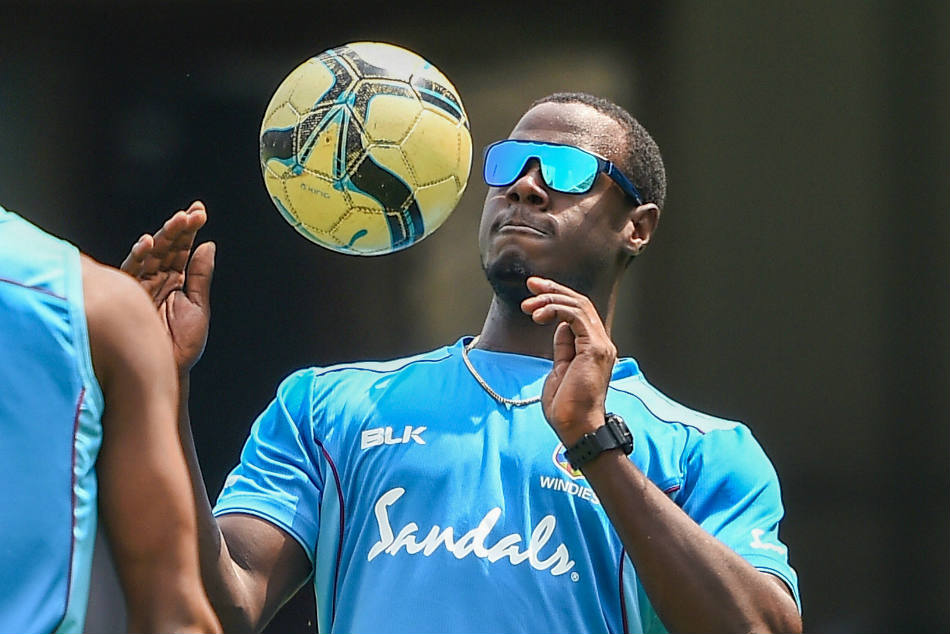 Icc World Cup 2019 West Indies Must Emulate Gayle Show Up And Show Off Carlos Brathwaite