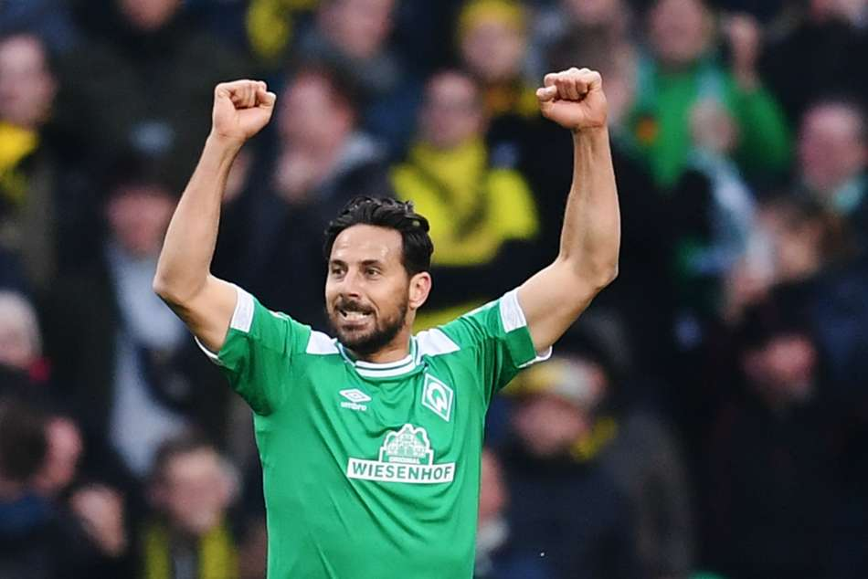 Werder Bremen star Claudio Pizarro scored the equaliser to hand his former side Bayern Munich advantage in the title race