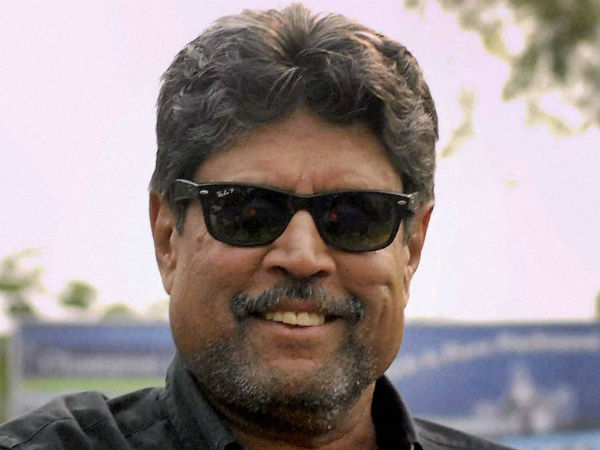 Kapil Dev (India), 35 off 26 vs Pakistan, 1992