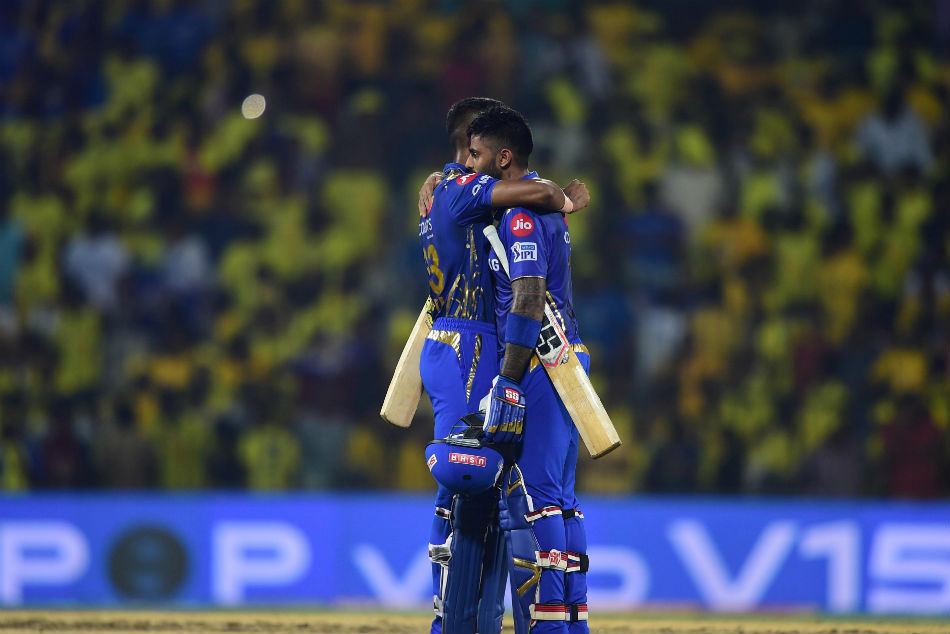 Ipl 2019 Cricketing Fraternity Congratulate Mumbai Indians As