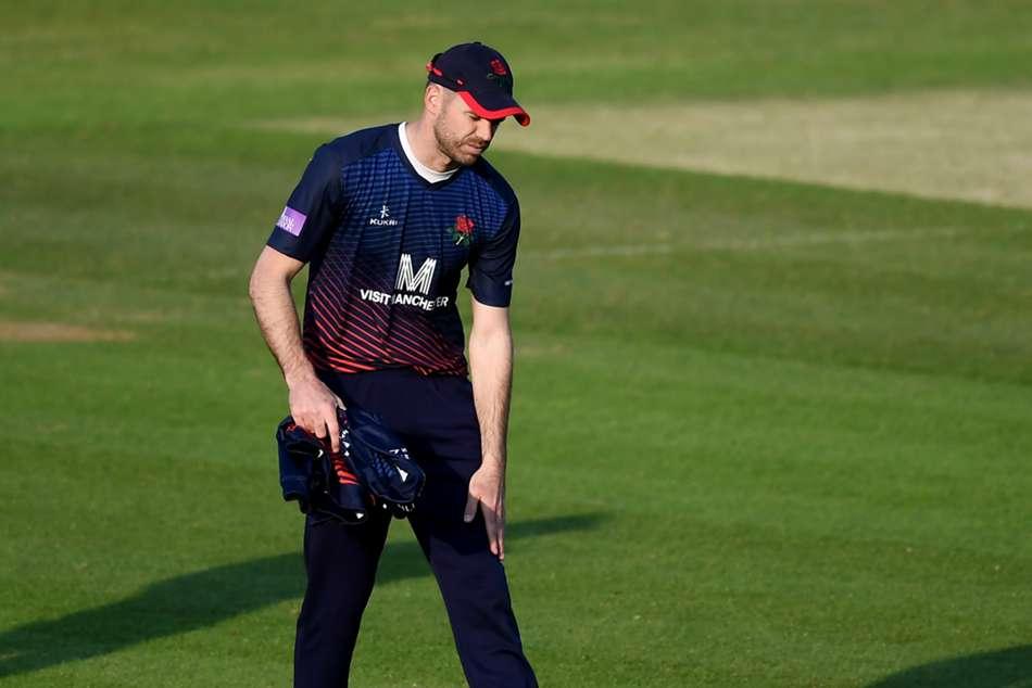 England Bowler James Anderson Tests Knee Injury Ashes Australia