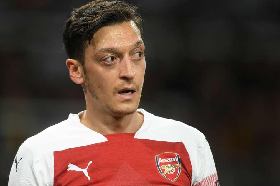 Mesut Ozil Contract Aaron Ramsey Farewells Arsenal