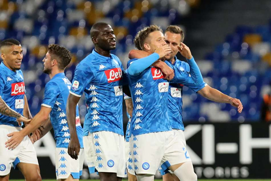 Napoli 4 Inter 1: Spalletti's side crushed as Champions League race goes to the wire