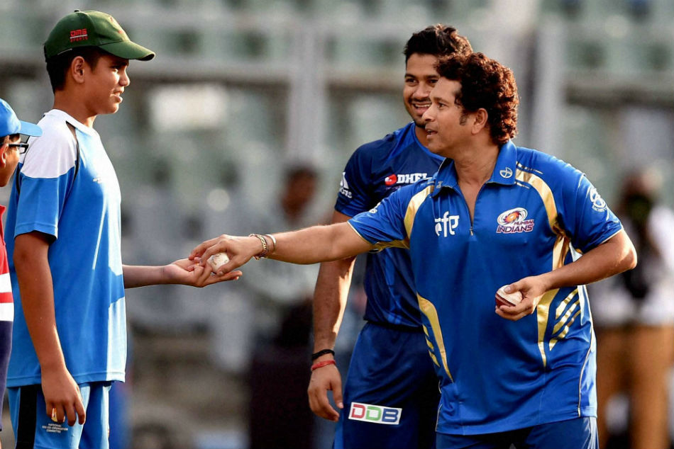 Sachin Tendulkar passes his father's words of wisdom to son, advises Arjun Tendulkar to never take shortcuts