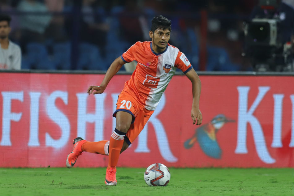 Seriton Fernandes Extends Fc Goa Deal For Three More Years