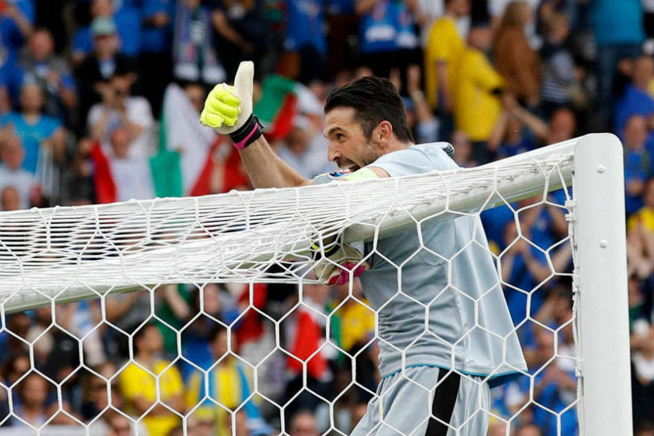 Three Way Battle For Signing Of Free Agent Gianluigi Buffon