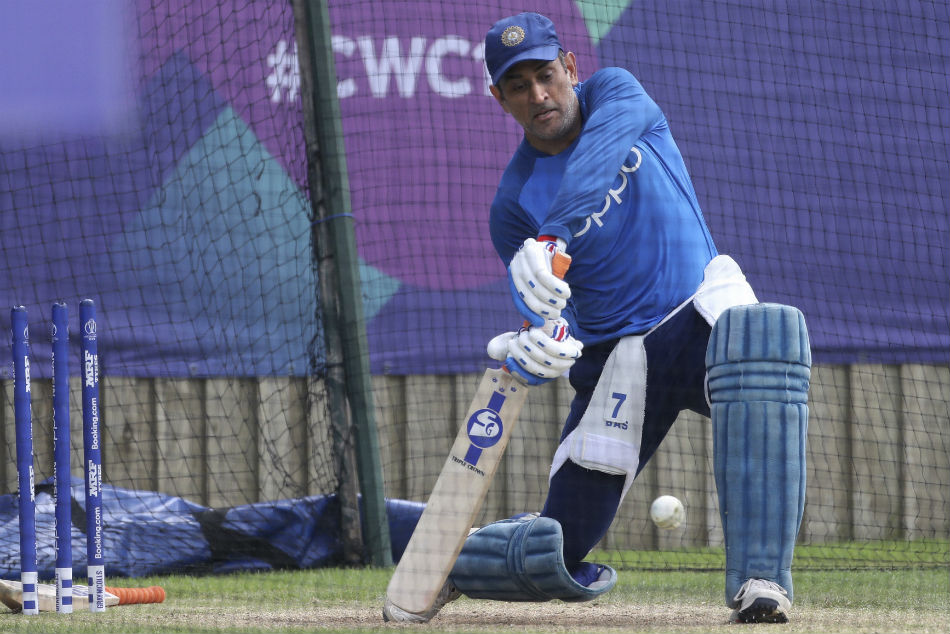 ICC World Cup 2019: MS Dhoni, KL Rahul practice big shots in the nets ahead of South Africa opening game