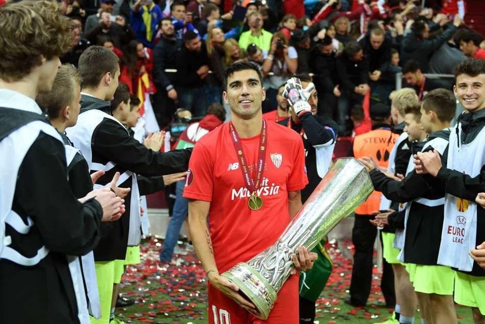 Ramos Monchi Lead Tributes To Former Sevilla Star Reyes