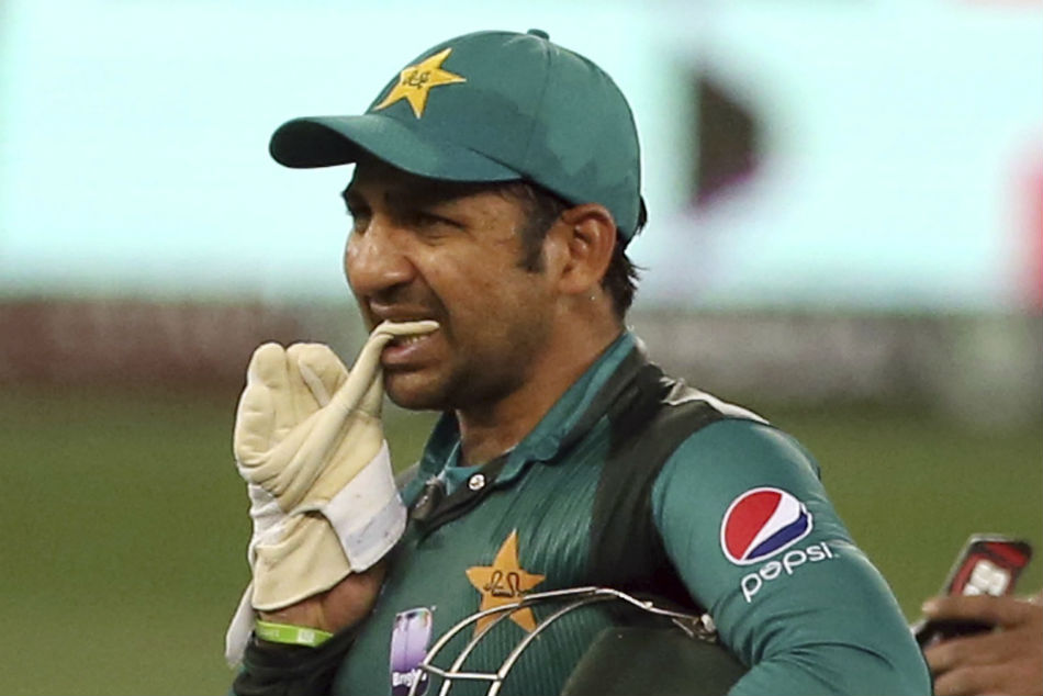 Sarfraz Ahmed did the right thing by choosing to bowl; his side never had the firepower