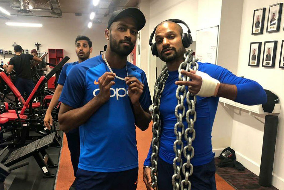ICC Cricket World Cup 2019: Shikhar Dhawan sweats it out in the gym despite carrying thumb injury - Watch