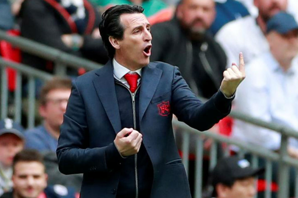 Arsenal boss Unai Emery looks to rebuild the defence