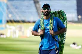 Icc World Cup 2019 Dinesh Karthik Plays First Wc Match 15 Years After Making His Odi Debut