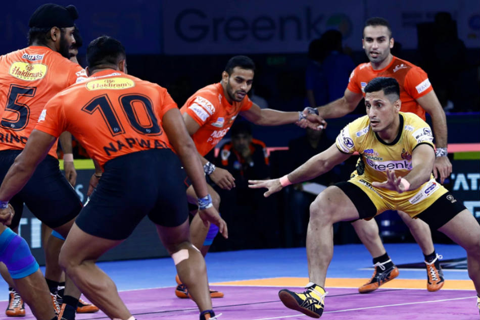 PKL 2019: U Mumba clinch opener against hosts Telugu Titans