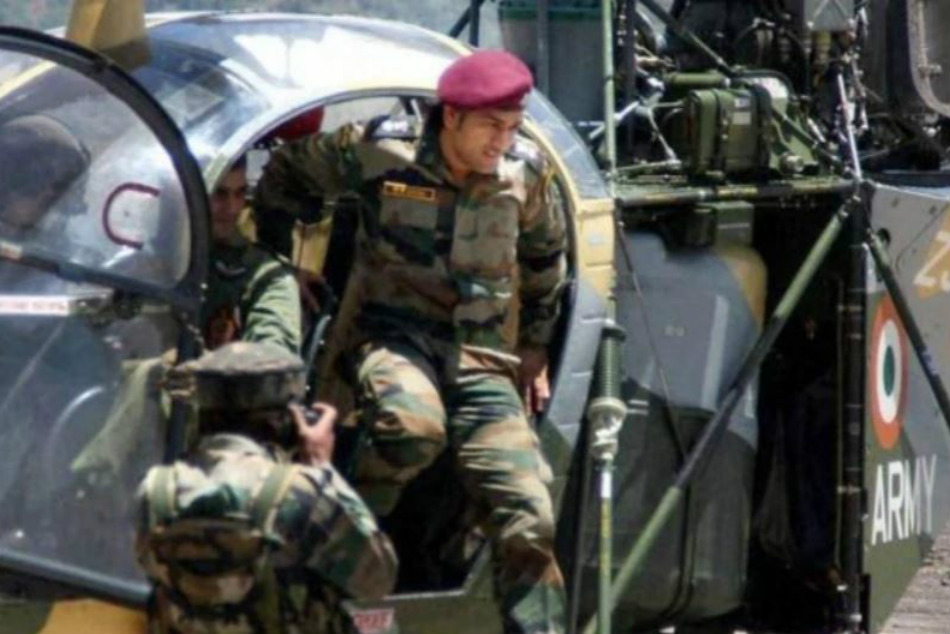 MS Dhoni to perform patrolling duty in Kashmir, stay with troops; starts training with his regiment