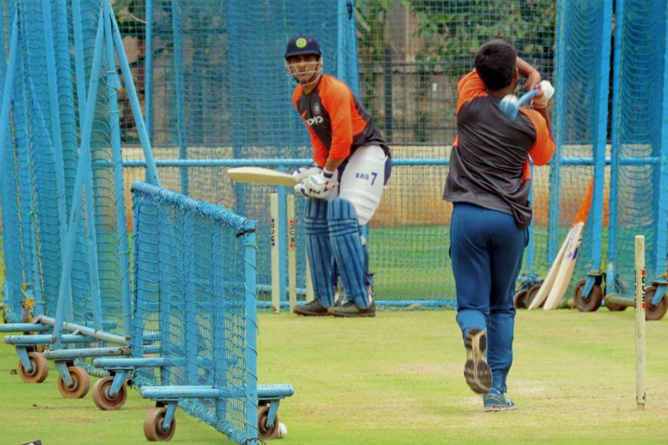 Ms Dhoni S Parents Want Him To Retire Reveals Childhood Coach Keshav Banerjee