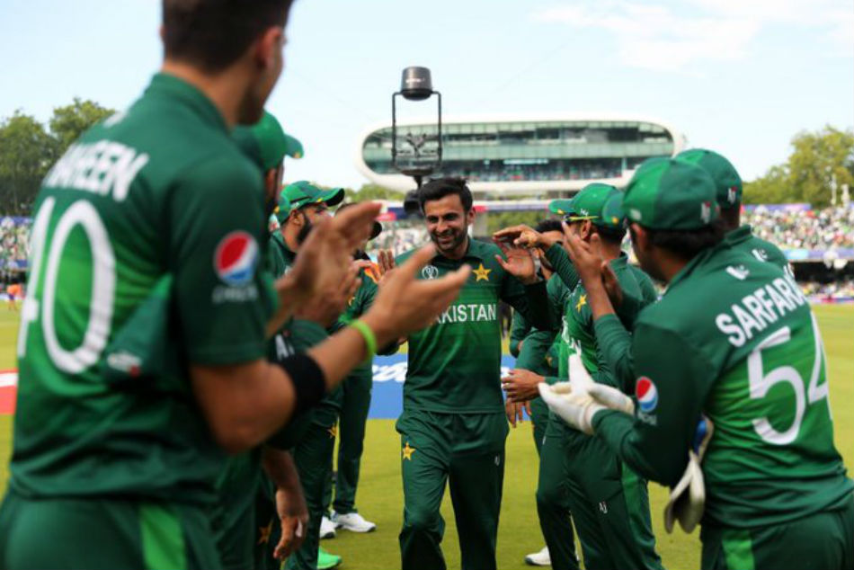 Pakistan Cricketer Shoaib Malik Announces International Retirement