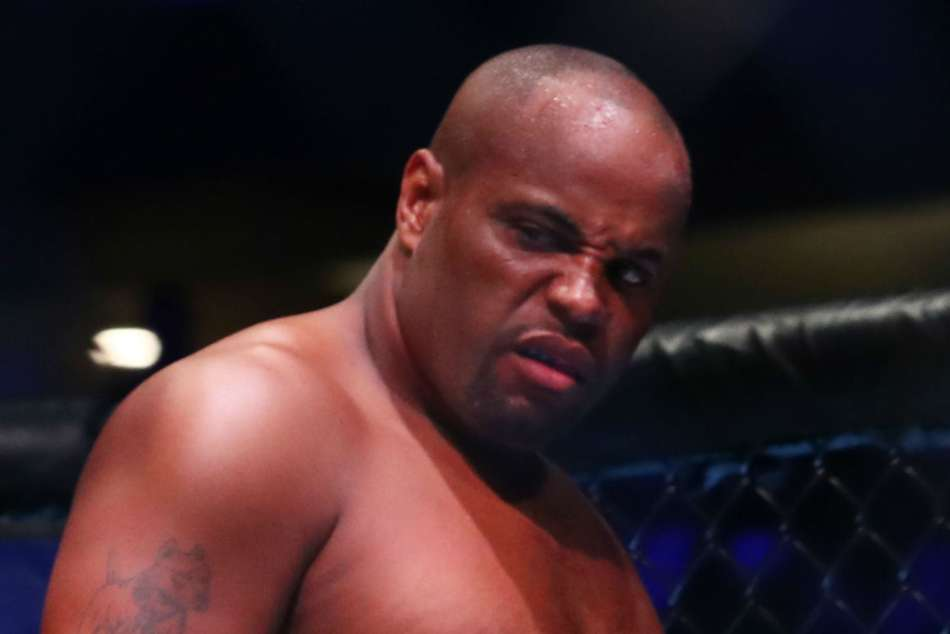 You don't make decisions based on emotions - Cormier to take time over retirement call