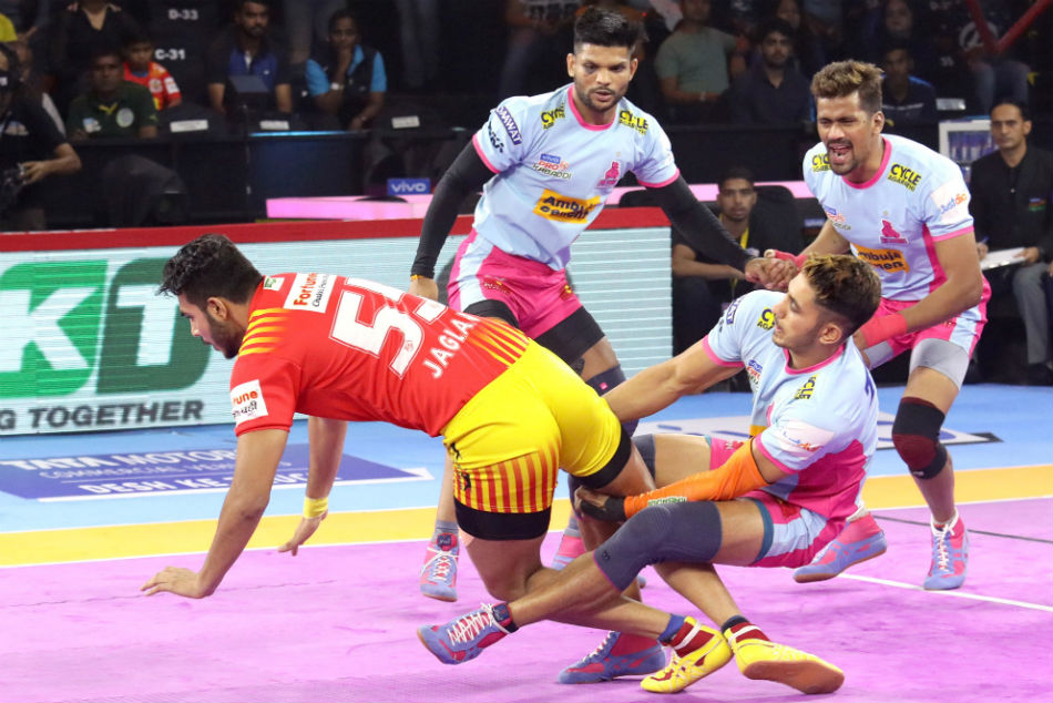 Pro Kabaddi League 2019 Clinical Jaipur Pink Panthers See Off Gujarat Fortunegiants To Top Table