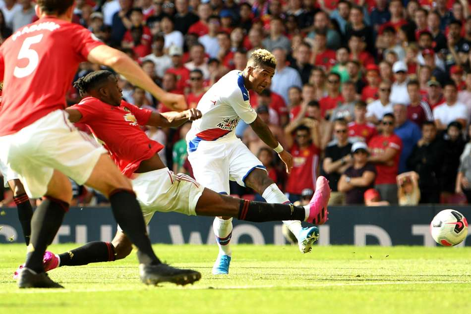 Manchester United 1-2 Crystal Palace: De Gea calamity gifts Eagles last-gasp winner