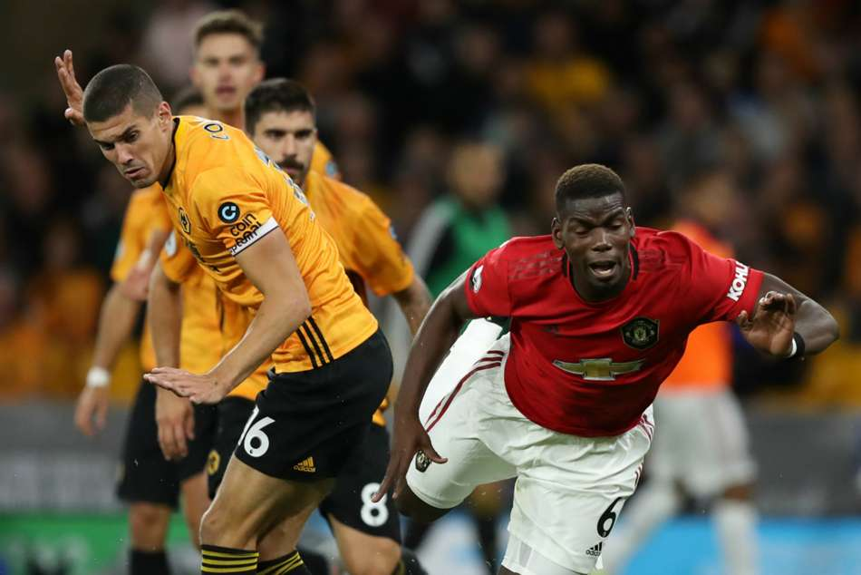 Wolves 1-1 Manchester United: Pogba's missed penalty costs Solskjaer's side top spot