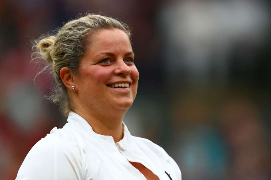 Former world number one Clijsters plans shock WTA Tour comeback
