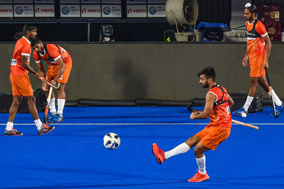 Indian Men S Hockey Team Stays At Number 5 Women Move Up To 9