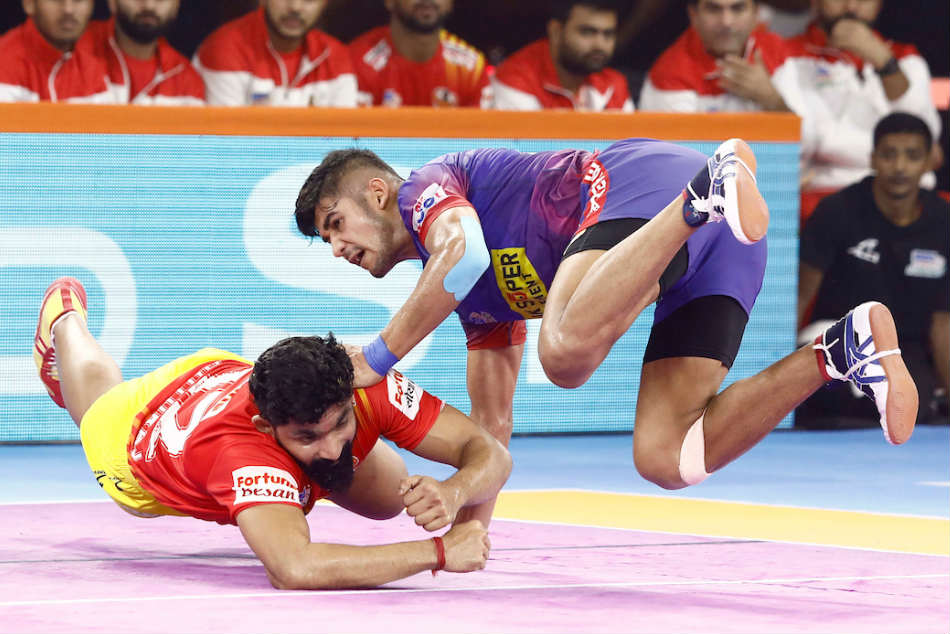 PKL 2019: Naveen Kumar stars for Dabang Delhi as they beat Gujarat Fortunegiants