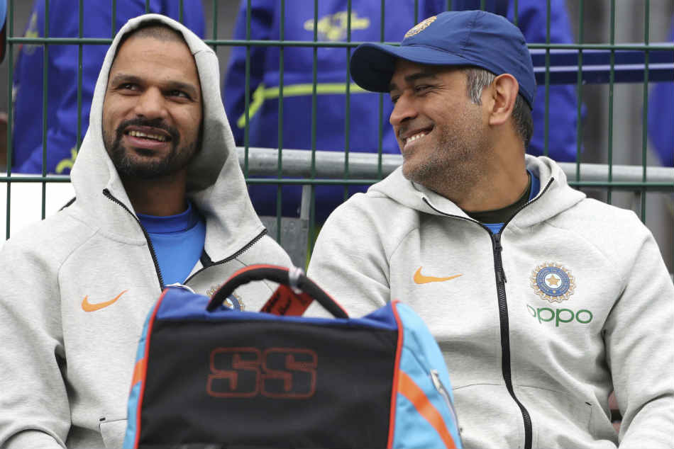 Shikhar Dhawan said decision to retire should be left to MS Dhoni