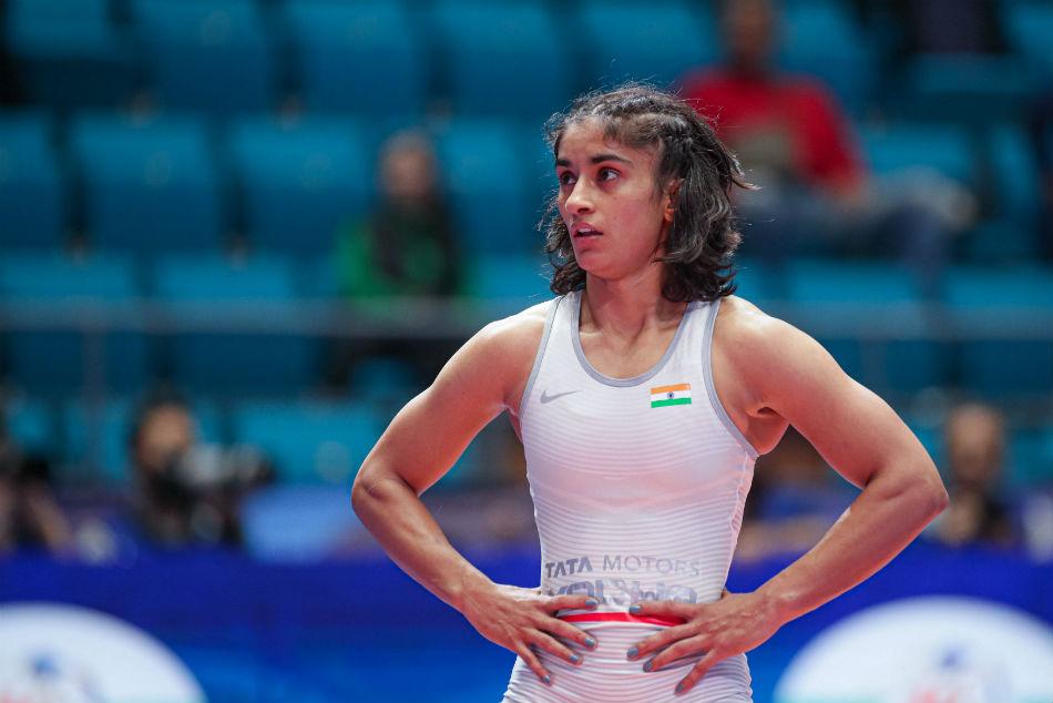 Wrestling World Championships India S Vinesh Phogat Thrashed By Mayu Mukaida Of Japan