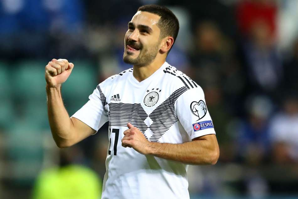 Estonia 0-3 Germany: Gundogan leads Die Mannschaft after early Can red card
