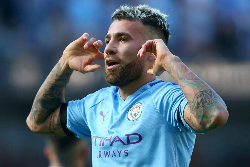 Kompany warns Man City against panic-buying defender in January