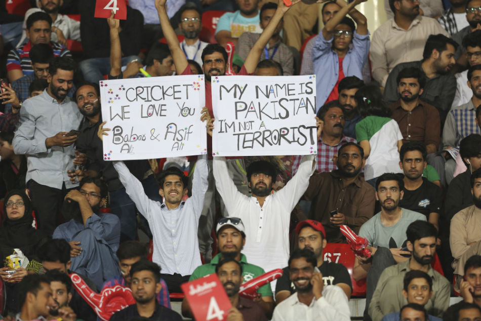 Pakistan fans during the ODI series against Sri Lanka in October