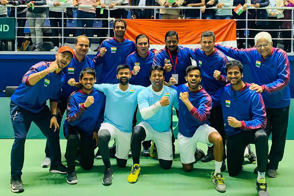 Indian Davis Cup team celebrates after winning their tie against Pakistan