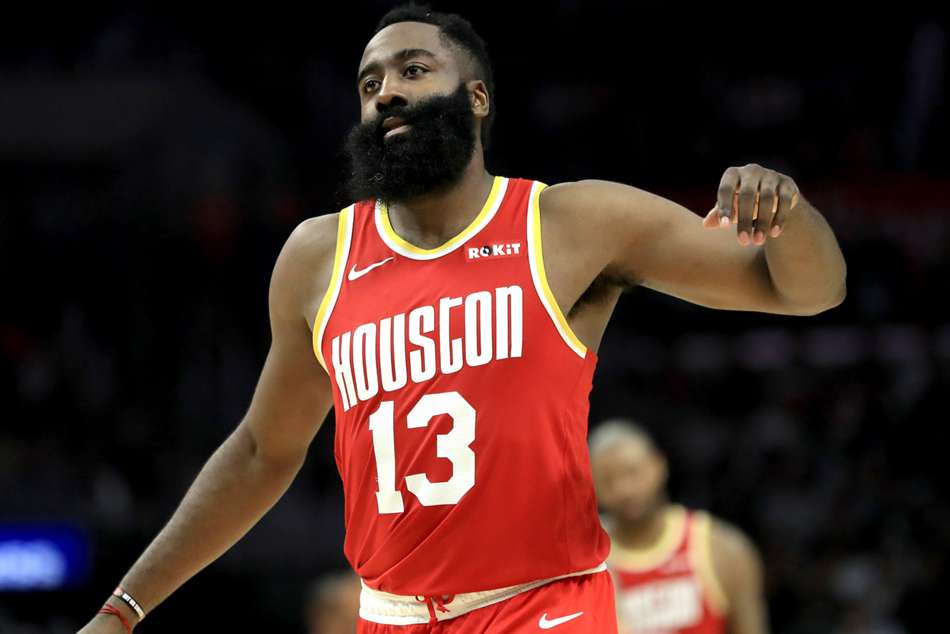 NBA wrap: Harden's 54 points lead Rockets, Bucks win 17th straight