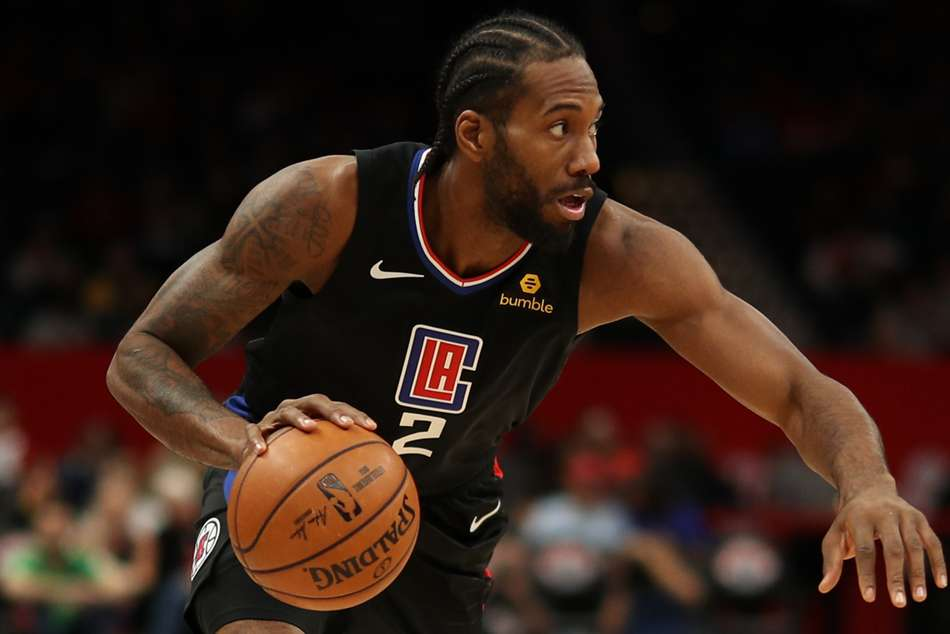 NBA wrap: Clippers win in Leonard's Toronto return, Bucks stretch streak