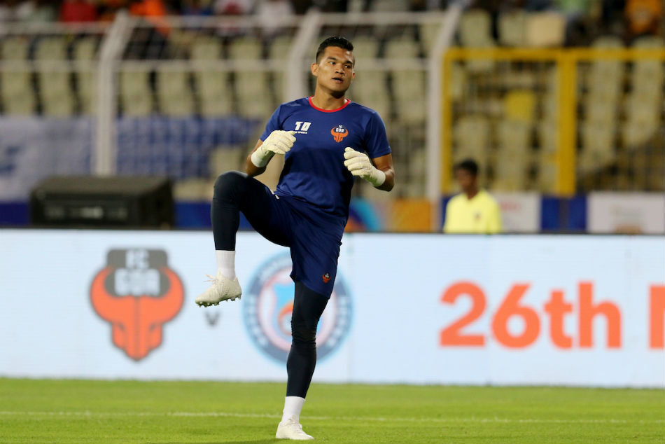 FC Goa's Chinglensana Singh trains ahead of their Hero ISL clash against ATK at Jawaharlal Nehru Stadium, Goa