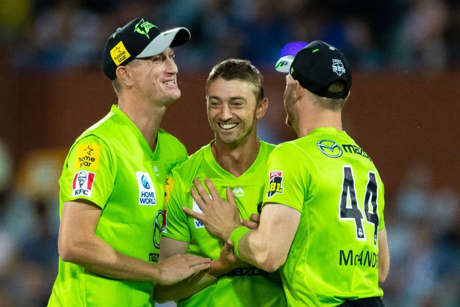 BBL 09: Rashid cameo not enough as Sydney Thunder hold off Adelaide Strikers in a nail-biting finish