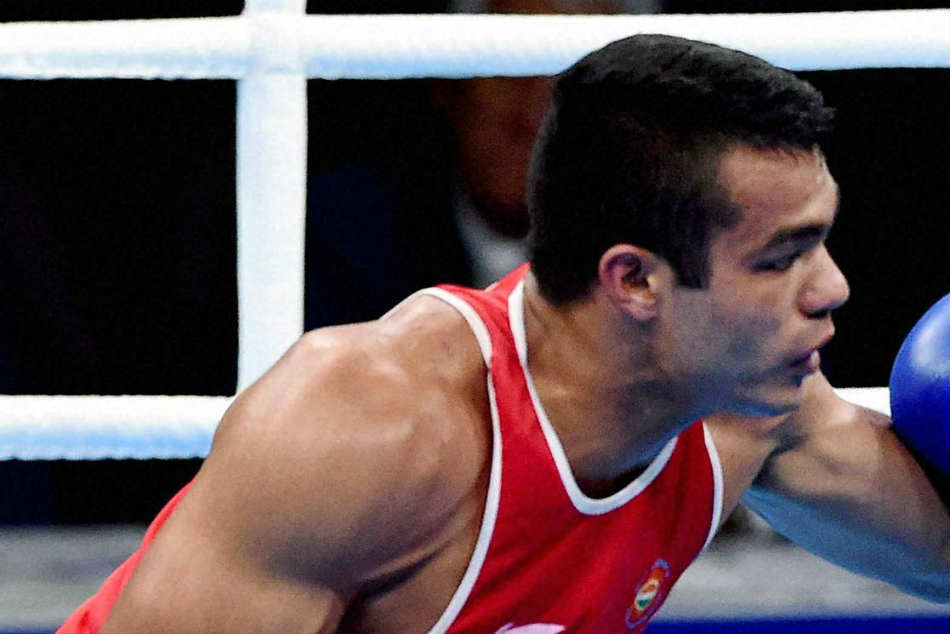 South Asian Games: Vikas in semis