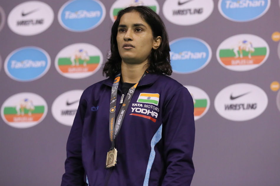 Vinesh Phogat And Deepak Punia Chosen Best Wrestlers Of 2019 By Wrestling Fans
