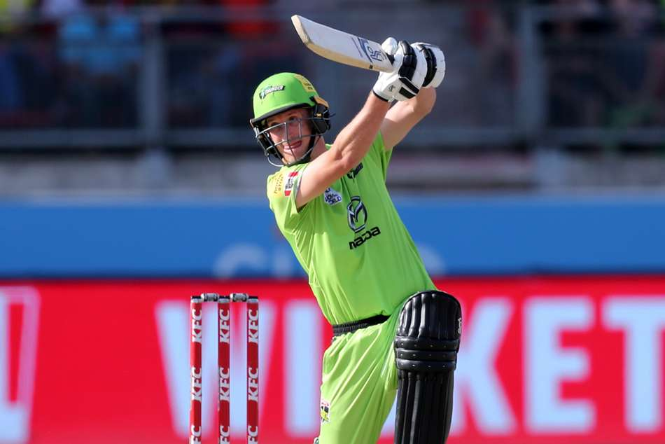 Big Bash League: Thunder squeeze past Scorchers in rain-affected thriller