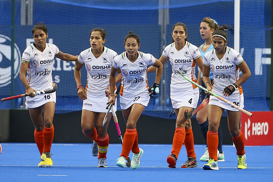 Indian women's team lose 1-2 to New Zealand