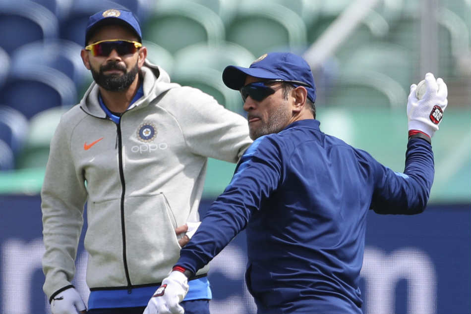 MS Dhoni or Virat Kohli? Know Virender Sehwags choice