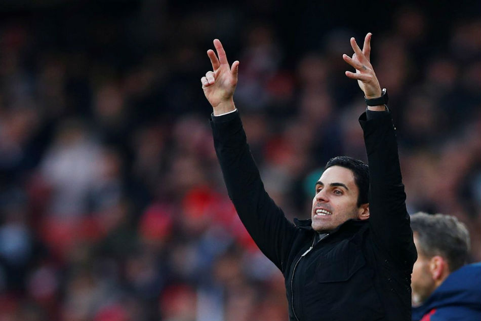 Mikel Arteta to shore up Arsenal defence?