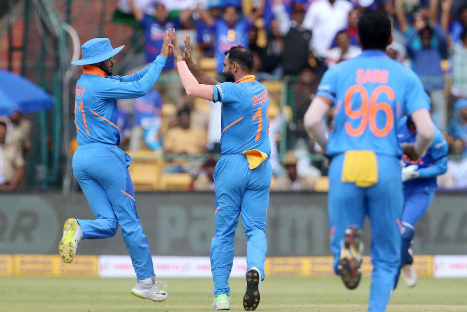 India Vs Australia, 3rd ODI, Live Score: Shami removes Warner cheaply as Aussies elect to bat in Bengaluru