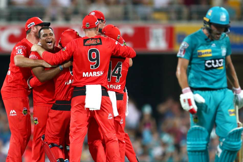 Big Bash League: Heat burn out as Renegades snatch stunning Big Bash win