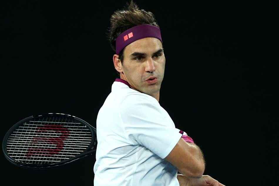 Australian Open 2020: Federer flattens Fucsovics to reach quarter-finals